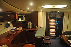 Interior Yacht Princess V65