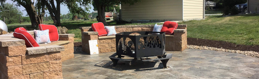 Outdoor fire pit with seating!
