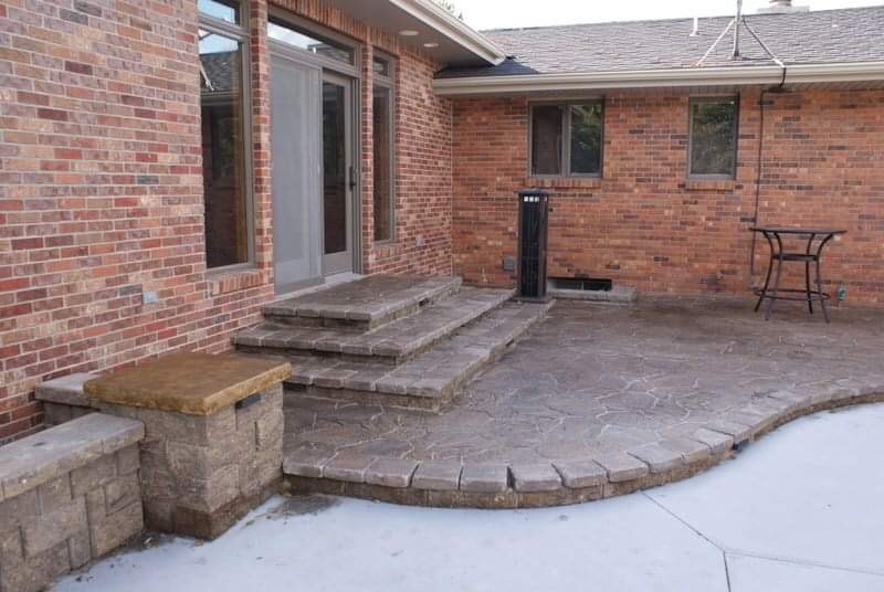 Beautiful patio with steps!