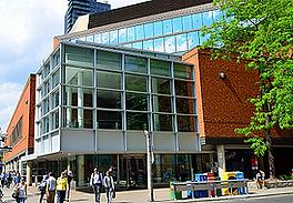トロント図書館.png