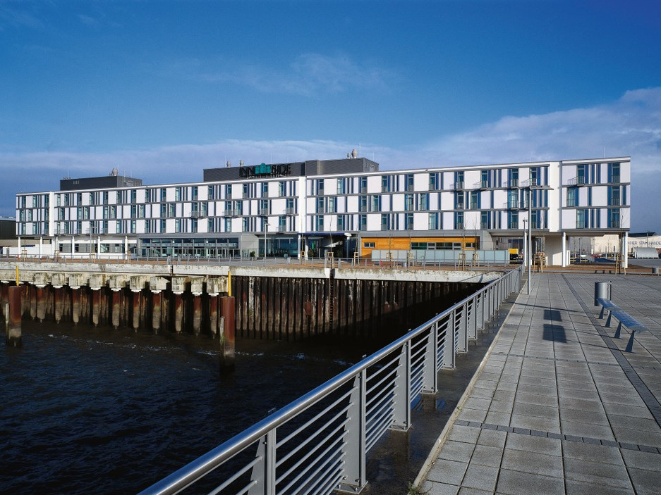 Neubau/ Innenarchitektur Hotel am Spacepark