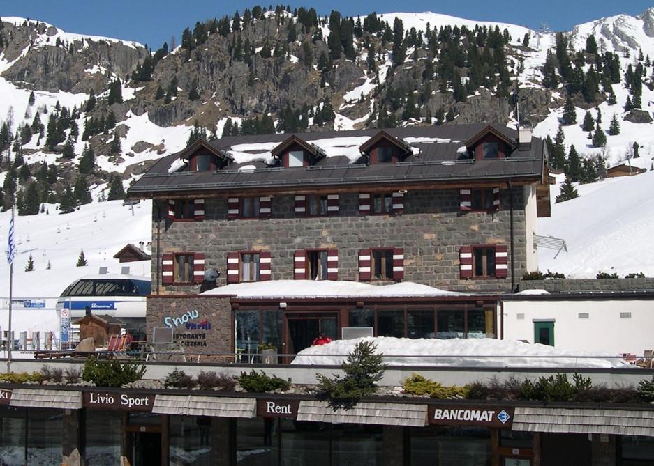 Umbau/ Innenarchitektur Hotelbar Snow Thrill
