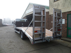 7.5 tonne Beavertail with Spring Assist ramps