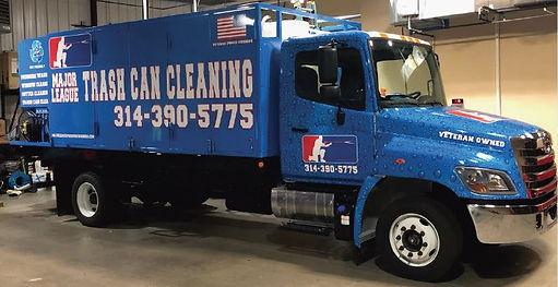 TRash Bin Cleaning Truck MLPW.JPG