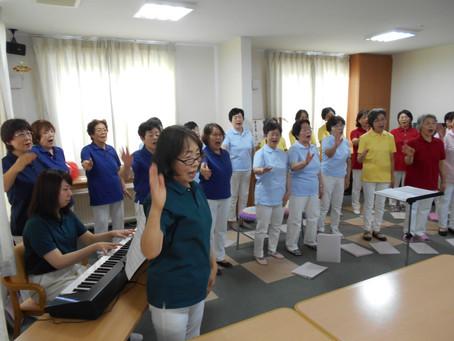 合唱サークルボランティア来訪