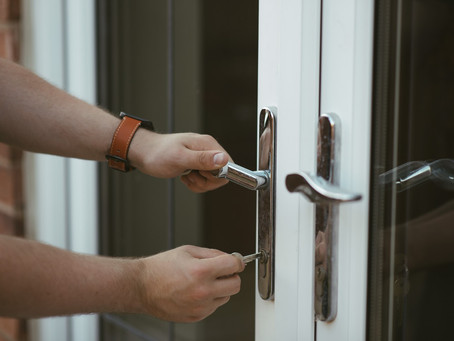 Keeping Your Home Safe While Away on Vacation