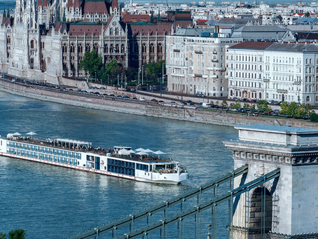 6 Benefits of Choosing a European River Cruise Over an Ocean Cruise