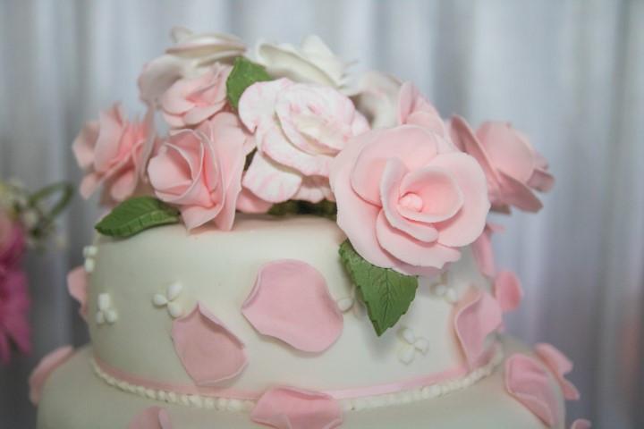 Cake Cut-5 (Small).jpg