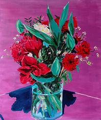 bouquet rouge et vase en verre huile sur