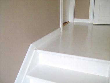 Escalier en bois mise en peinture