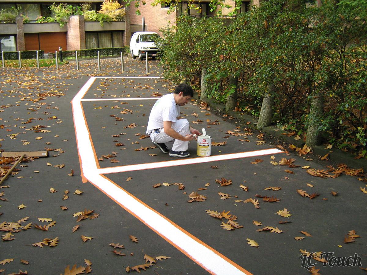 Peinture de sol extérieur
