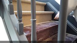 Pose tapis pour escaliers