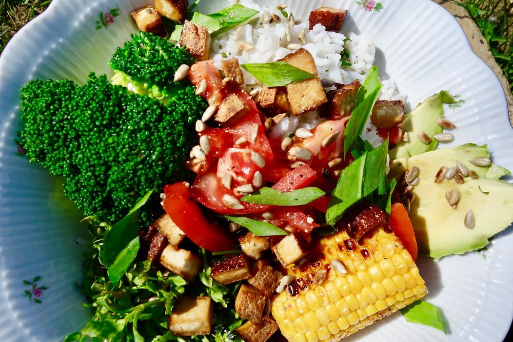 Vegan Superbowl mat Vulleseemchen Hexekraidchen Avocado Brockoli