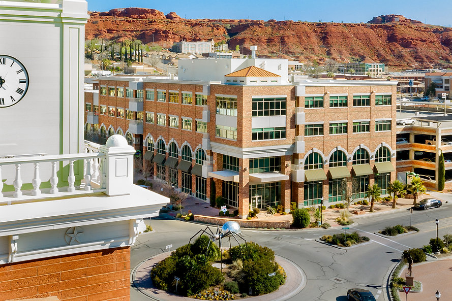 Zwick Construction has an office in St. George, UT. The office has diverse experience in various types of projects, including education, hospitality, municipal, religious, and more.