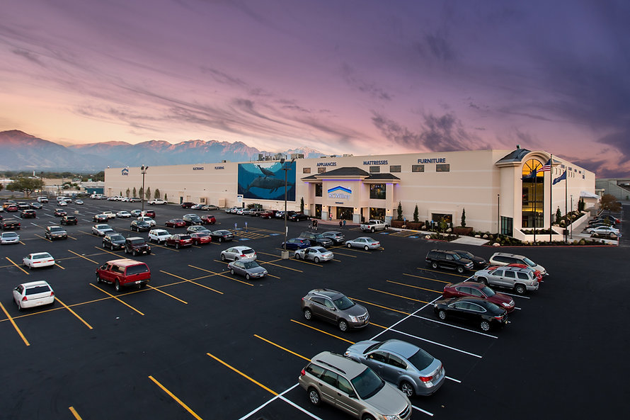 Zwick Construction has completed many retail projects throughout states like Utah, California, Nevada, and Arizona, including RC Willey.