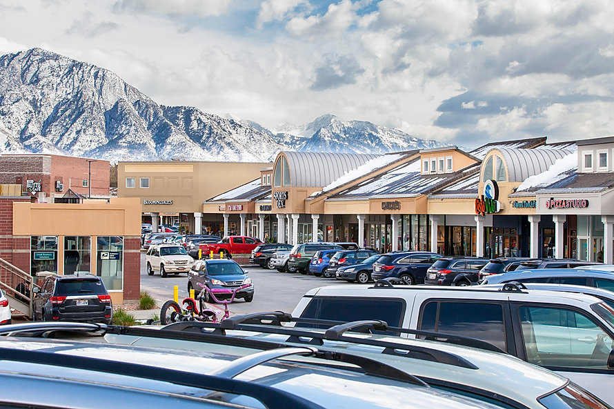 Zwick Construction has completed many retail projects throughout states like Utah, California, Nevada, and Arizona, including the Foothill Village.