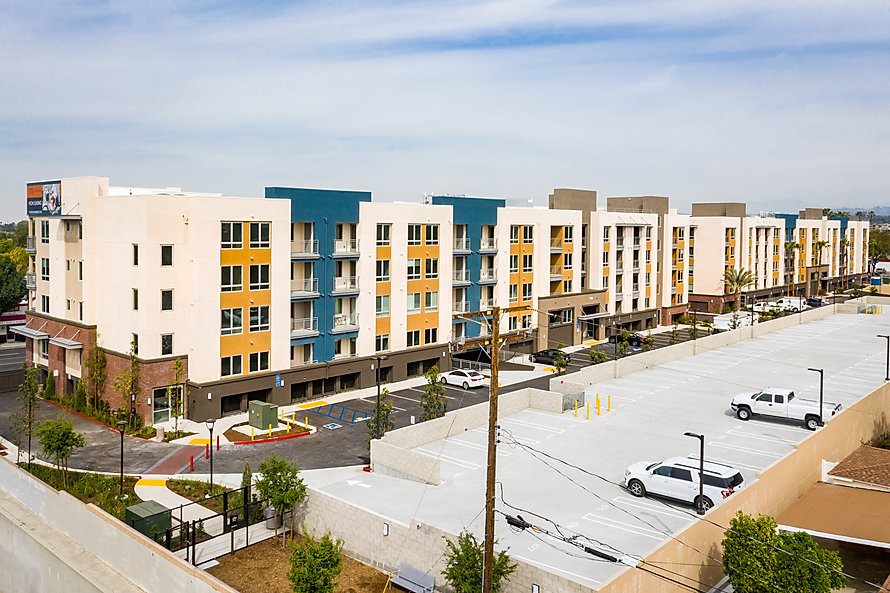Zwick Construction has completed many multifamily projects throughout states like Utah, California, Nevada, and Arizona, including the 770 South Harbor Apartments.