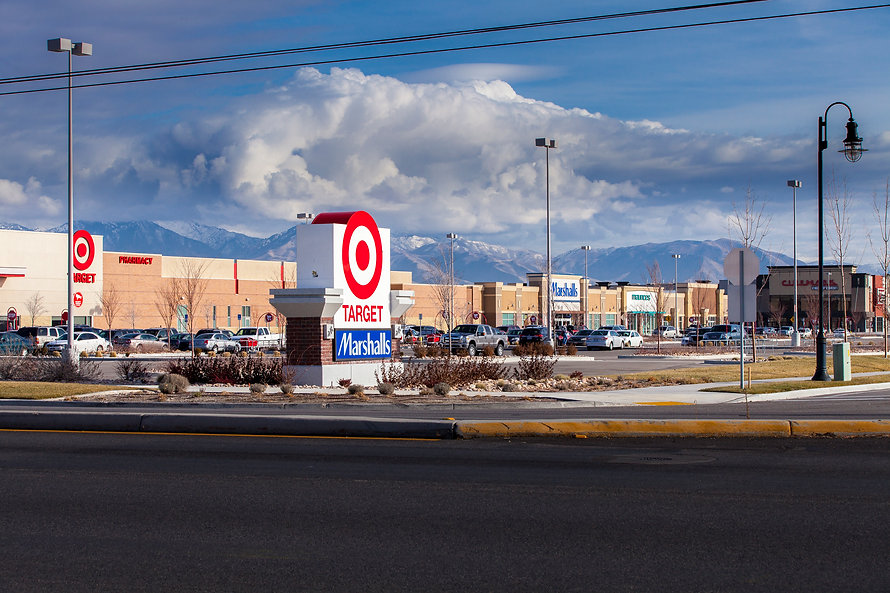 Zwick Construction has completed many retail projects throughout states like Utah, California, Arizona, and Nevada, including the Highbury Retail Center.
