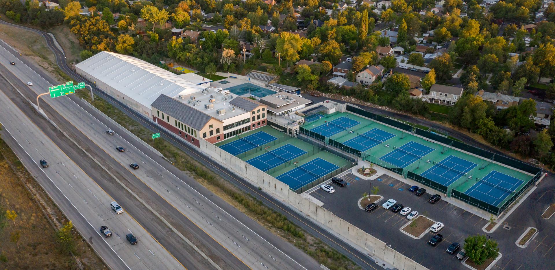 SL Tennis Club
