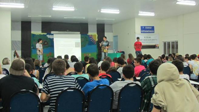 1° Sarau Astronômico na Escola Nair Alves Bratti em Sombrio - SC.