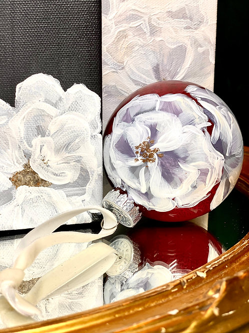 SET OF 4 ORNAMENTS:RUBY