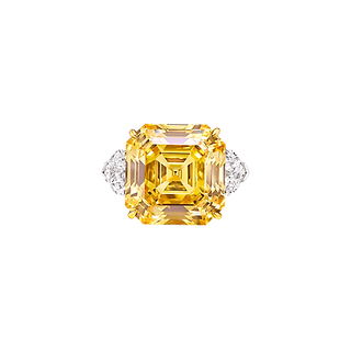 yellow diamond ring2.png