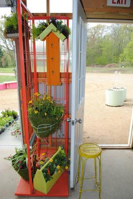 flowerbuds+arrangemnets+door.jpg