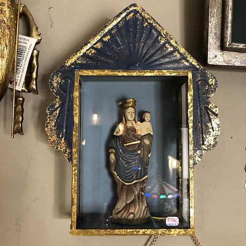 Madonna avec enfant dans pt armoire