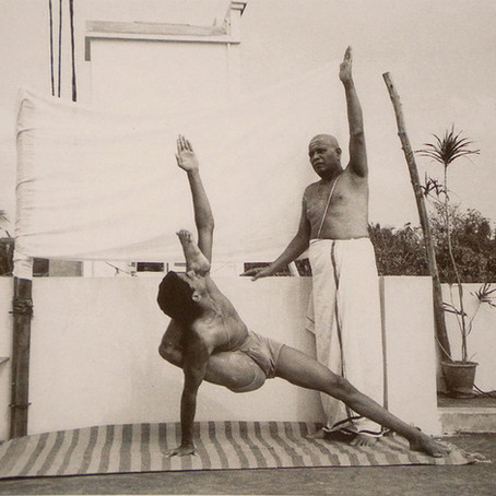 Serie primaria Asthanga Vinyasa Yoga