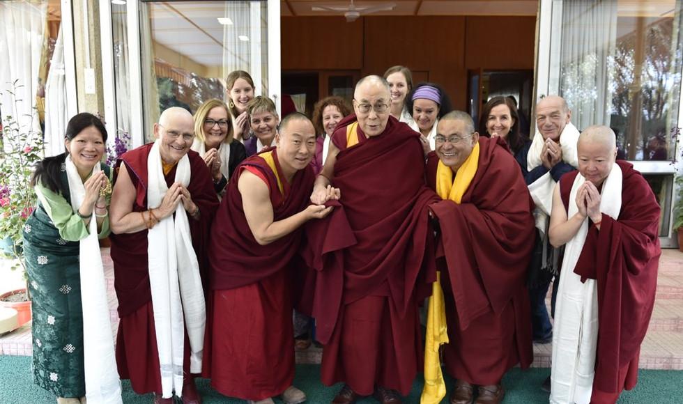 HH Dali Lama, Lama Tendar, Rinpoche and Sangha