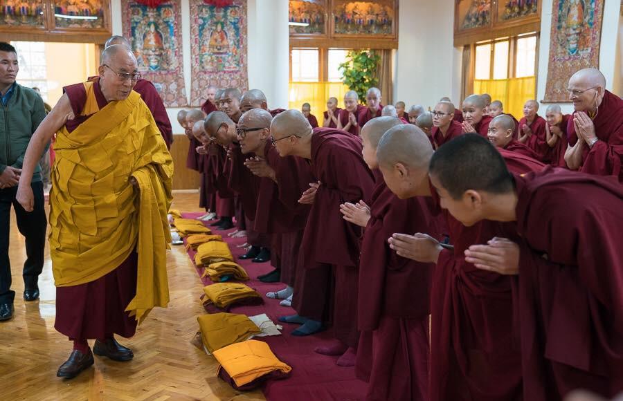 HH Dali Lama , Lama Tendar - Medicine Buddha Centre