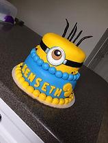 minion cake.jpg