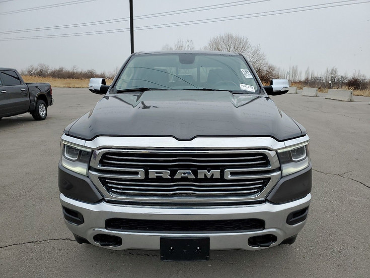 LOT - 282025 - 2020 Ram 1500 4X4 V8 CR LARAMIE