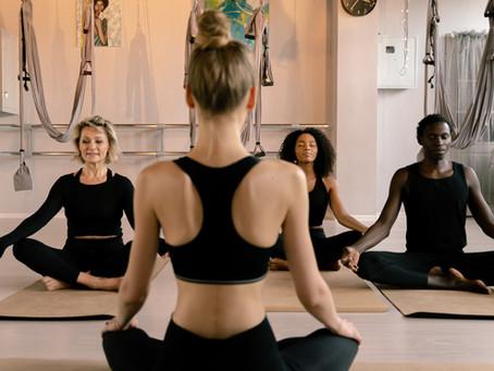 Yoga life, hard life. La difficile vita dell'insegnante di yoga