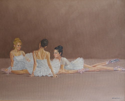 Sisters 'ballet pose'