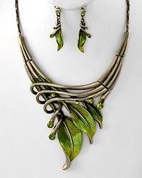 Green Leaf Necklace Set