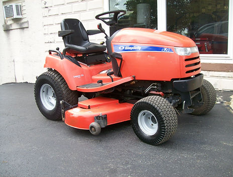 2006 Simplicity Legacy XL Tractor For Sale
