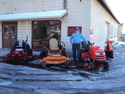 Lawn Mower Repair Narvon, Lawn Tractor Repair New Holland, Lawn Mower Repair Gap, Yard Equipment Repair East Earl, Honey Brook, New Morgan, Elverson, Birdsboro, Glenmoore, Downingtown, West Chester, Parkesburg, Kenilworth, Chester Springs, Spring City