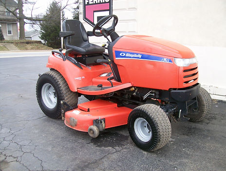 Pre-Owned Simplicity Legacy XL 4-Wheel Driver Mower