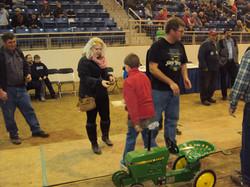 farm show pedal tractor