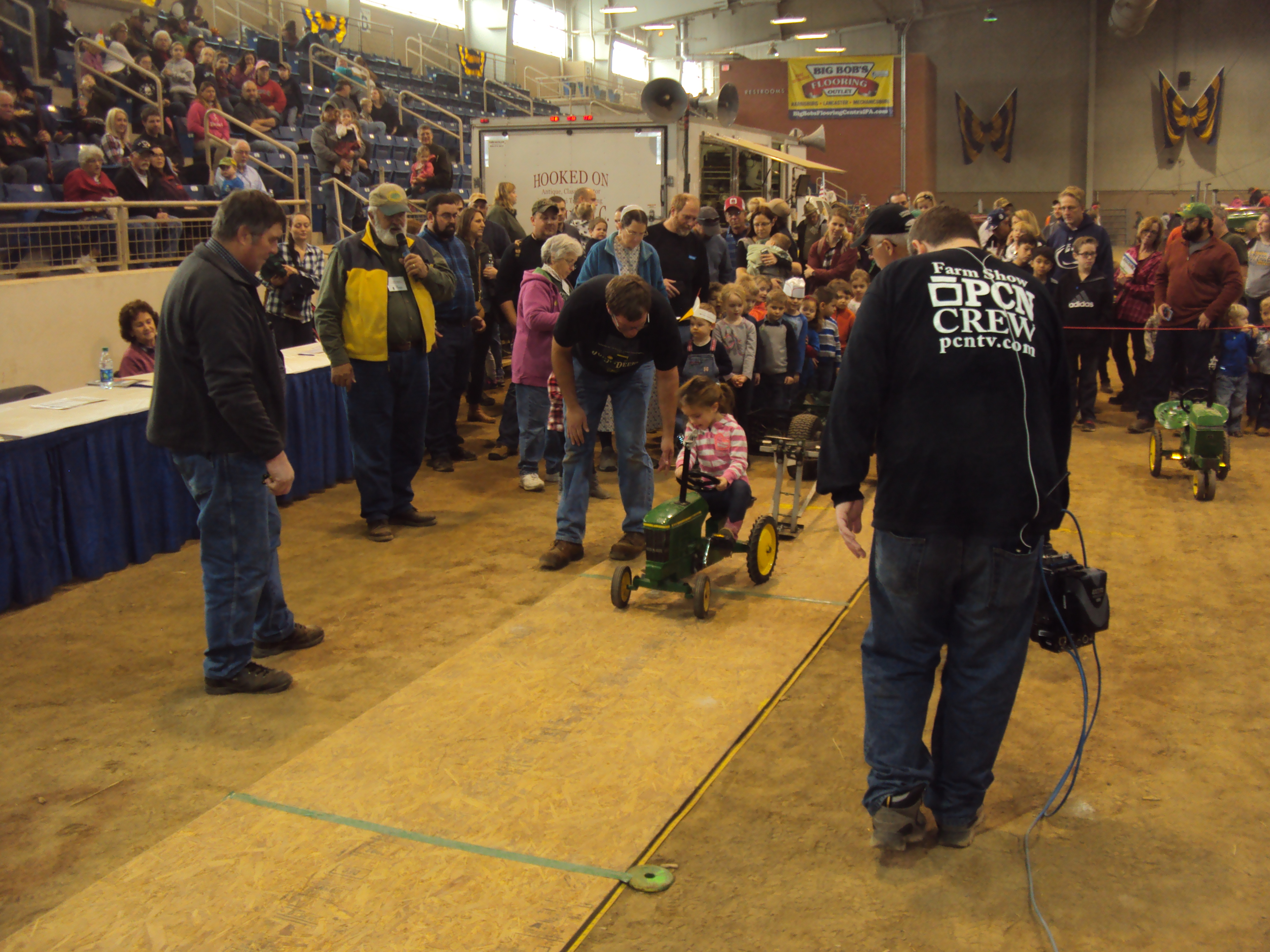 Kids Pedal Tractor Pull Farm Show