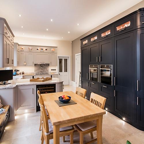 Handpainted Basalt Kitchen
