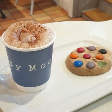 Hot Chocolate & Dotty Cookie