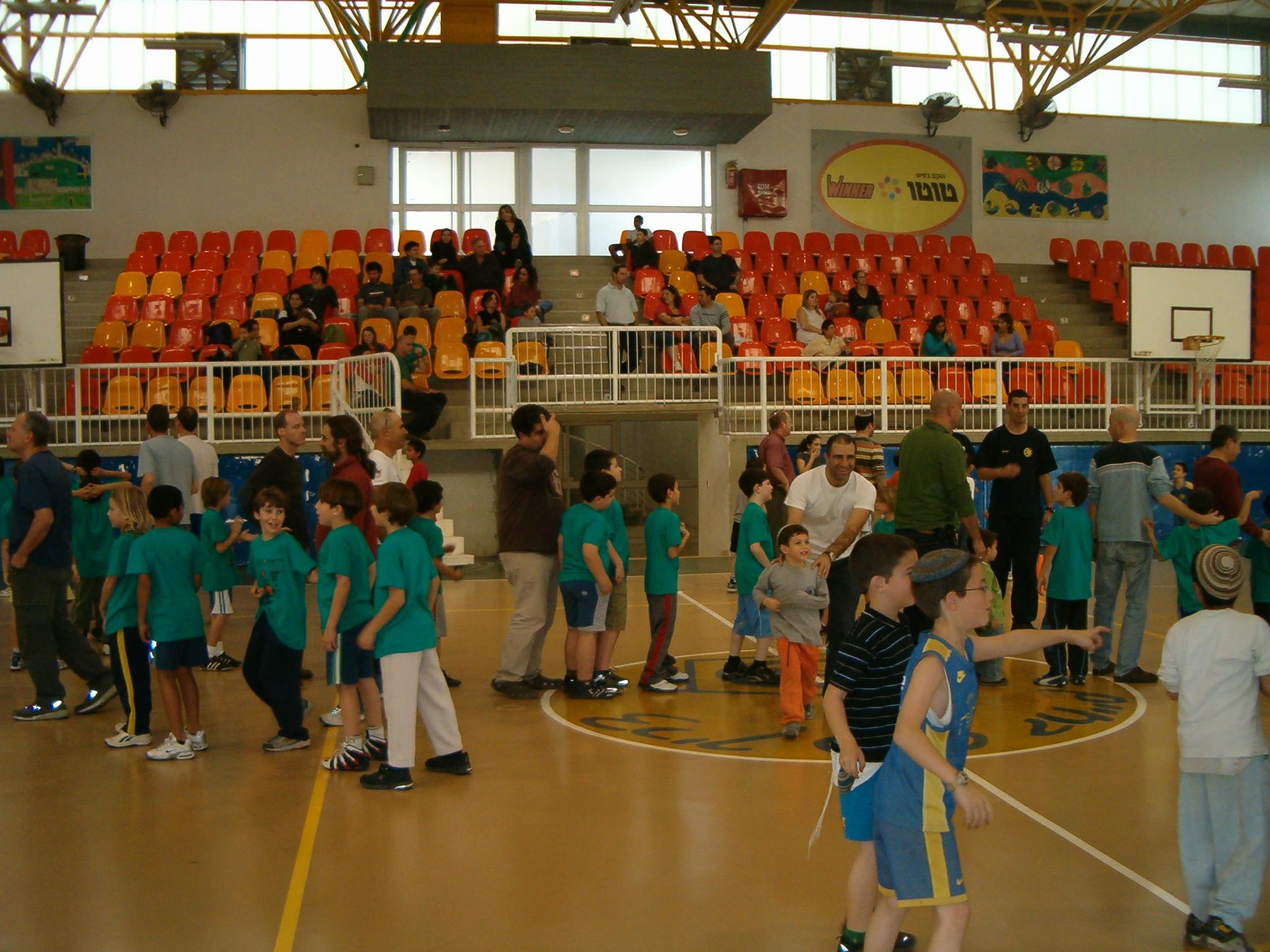 תחרויות קליעה לסל - הורים וילדים