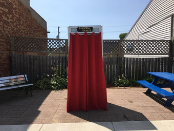 "Screendance Booth at Dance BARN shows 63° 24' 10"" N 19° 6' 49"" W"
