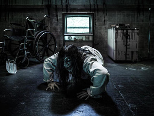 Knott's  Scary Farm Closes 'Fear VR' Over Mental Health Concerns