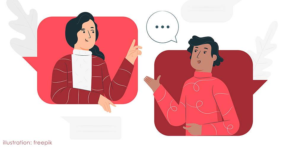 Homem e mulher conversando amigavelmente