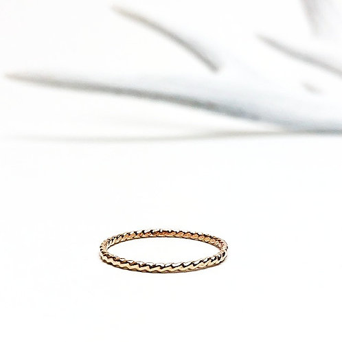 Wild - river ring gold