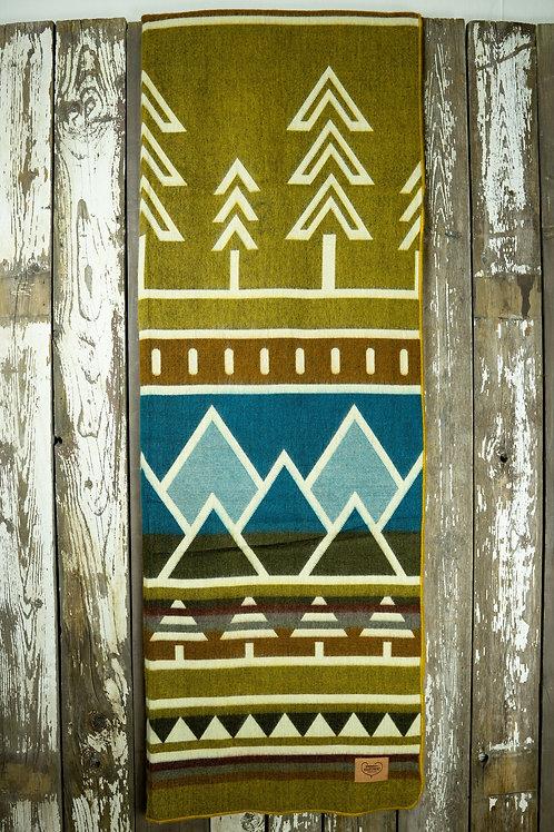 """Heartprint Threads Queen Blanket - 80 x 92"""" tree line limber"""