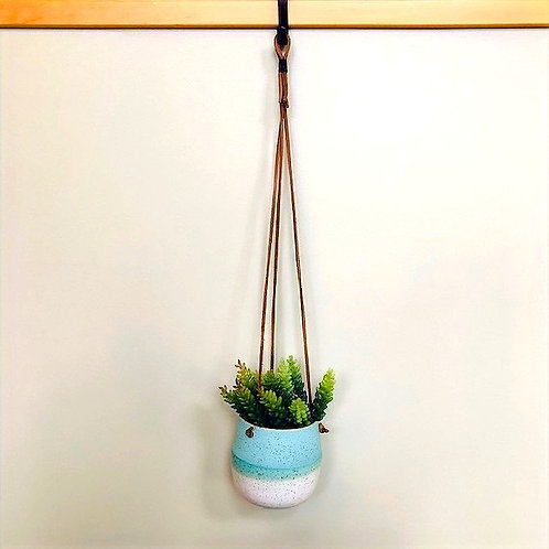 Monashee Pottery - hanging planter speckled ombre round #3